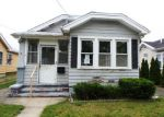 Foreclosed Home en CURTISS AVE, West Haven, CT - 06516