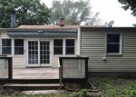 Foreclosed Home en CREST AVE, New Haven, CT - 06513