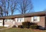Foreclosed Home en MARYKNOLL RD, Hamden, CT - 06514