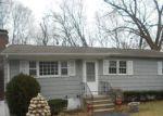 Foreclosed Home en HEMLOCK ST, West Haven, CT - 06516