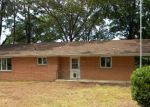 Foreclosed Home en TWIN POINTS RD, Hot Springs National Park, AR - 71913