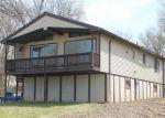 Foreclosed Home en HARWOOD DR, Danbury, CT - 06810