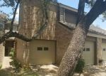 Foreclosed Home en SMOKEY WOOD LN, San Antonio, TX - 78249