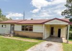 Foreclosed Home en WOODMORE LN, Chattanooga, TN - 37411