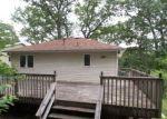 Foreclosed Home en MANSEL DR, Landing, NJ - 07850