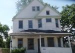 Foreclosed Home en OLIVET AVE, Cleveland, OH - 44108
