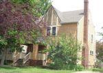 Foreclosed Home en OGONTZ AVE, Lakewood, OH - 44107