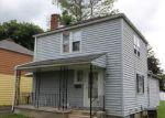 Foreclosed Home en 76TH ST, Niagara Falls, NY - 14304