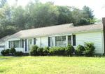 Foreclosed Home en WOODSTOCK AVE, Putnam, CT - 06260