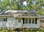 Foreclosed Home en E GILES RD, Muskegon, MI - 49445