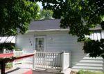 Foreclosed Home en ELMSIDE RD, Benton Harbor, MI - 49022