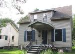 Foreclosed Home en W JOHN ST, Bay City, MI - 48706