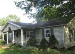 Foreclosed Home in LAUDER AVE NW, Warren, OH - 44483
