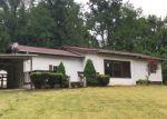 Foreclosed Home en LAKENHEATH DR, Bristol, TN - 37620