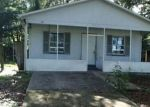 Foreclosed Home en N 10TH ST, Tampa, FL - 33604