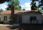 Foreclosed Home en FARNHAM PL, Riverside, CA - 92503