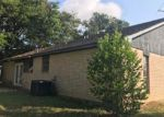 Foreclosed Home en WILLOW ST, Sealy, TX - 77474