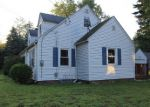 Foreclosed Home en MIDDLE RD, Enfield, CT - 06082