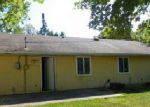 Foreclosed Home en LINCOLNWOOD DR, Urbana, IL - 61802