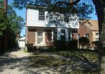 Foreclosed Home en ILENE ST, Detroit, MI - 48221