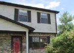 Foreclosed Home en PIONEER CT, Radcliff, KY - 40160