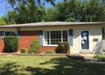 Foreclosed Home en HAYES ST, Taylor, MI - 48180
