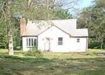 Foreclosed Home en WINTHROP RD, Chester, CT - 06412