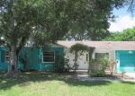 Foreclosed Home en POINCIANA ST, Naples, FL - 34105