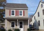 Foreclosed Home en E MILLBROOKE AVE, Woodstown, NJ - 08098