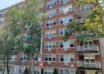 Foreclosed Home en HIGHLAND AVE, Jamaica, NY - 11432