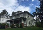 Foreclosed Home en MOUNT VERNON ST, Newport, VT - 05855