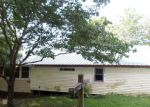 Foreclosed Home en EMBRY RD, Leoma, TN - 38468