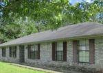 Foreclosed Home en ANGELINA LN, Leesville, LA - 71446