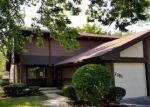 Foreclosed Home en W HEATHER AVE, Milwaukee, WI - 53223