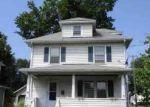 Foreclosed Home en LARAIA AVE, East Hartford, CT - 06108
