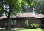 Foreclosed Home en EVERGREEN DR, Willingboro, NJ - 08046