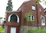 Foreclosed Home en MCCUTCHEON LN, Pittsburgh, PA - 15235