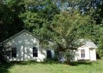 Foreclosed Home en GREENWOOD ACRES DR, Mills River, NC - 28759