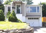 Foreclosed Home en WOLCOTT TER, Syracuse, NY - 13207