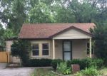 Foreclosed Home en W EDWARD ST, Lombard, IL - 60148