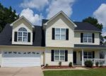 Foreclosed Home en HALL GLEN DR, Hope Mills, NC - 28348