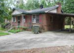 Foreclosed Home in SANDPIPER LN, Columbia, SC - 29203