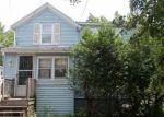 Foreclosed Home en E WALNUT ST, Oneida, NY - 13421