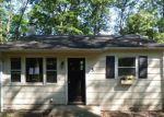 Foreclosed Home en IROQUOIS AVE, Landing, NJ - 07850