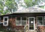 Foreclosed Home en BUNGALOW TER, Millington, NJ - 07946