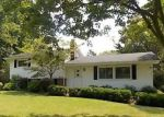 Foreclosed Home en KENSTON LAKE DR, Chagrin Falls, OH - 44023