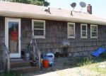 Foreclosed Home en E WOODSIDE AVE, Patchogue, NY - 11772