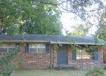 Foreclosed Home en 13TH ST S, Columbus, MS - 39701