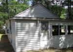 Foreclosed Home en E 1ST ST, Au Gres, MI - 48703
