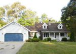 Foreclosed Home en TOPINABEE RD, Niles, MI - 49120